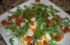 Arugula Gorgonzola Walnut Salad