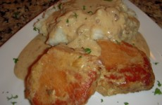 Crock Pot Ranch Pork Chops and Gravy